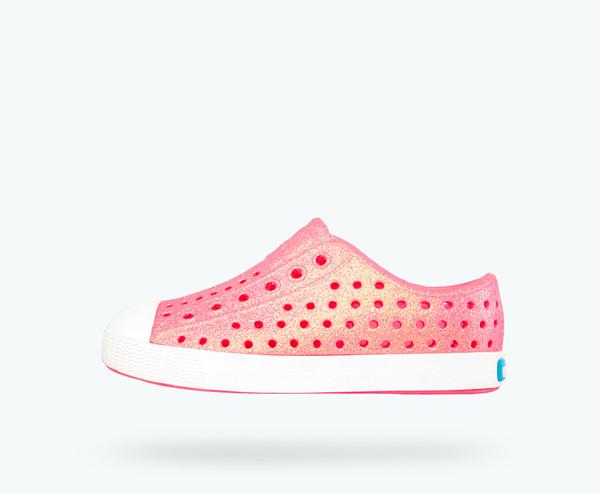 厂家直销鞋子微商代理,独家免费提供一手货源