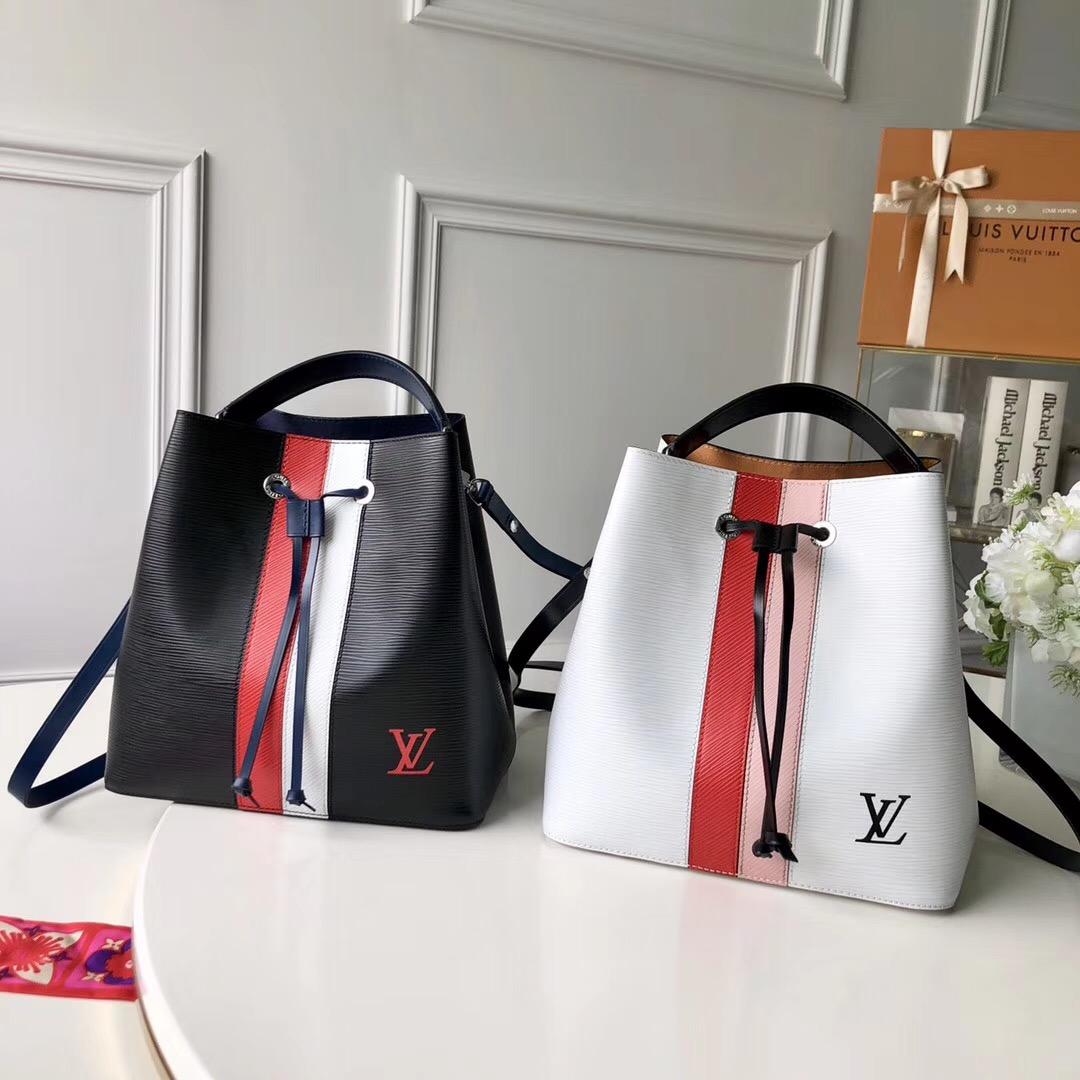 潮牌衣服厂家一手货源,高端品质,免费代理一件代发