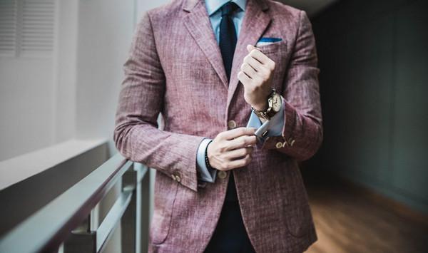 潮流品牌服装一手货源微信号-品质上乘-保证代理前景