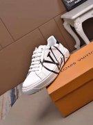 奢侈品运动鞋货源批发哪里比较便宜?微商代理看过来